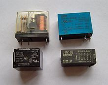 Different Types Of Relay Switches Diy Electronics, Electronics Projects, Electrical Installation, Electronic Parts, Different Types, Cool Gadgets, Arduino, Usb Flash Drive, Tech