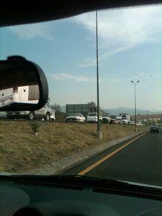 Trafico pesado por prolomgacion en lopez mateos direccion sur/norte  11/05/2012