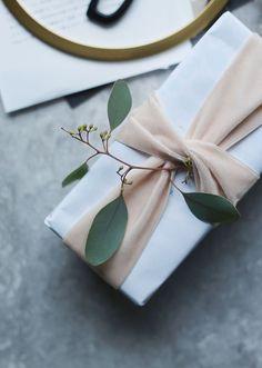 Simple Paper Bag Gift Wrap T H E B E A U T Y D O J O C O M