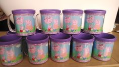 Caneca Personalizada Peppa Pig,  pode ser utilizada com bebidas quentes ou frias. é uma lembrancinha útil para as crianças ! Muito bonita as crianças vão adorar!!!  resistente, é uma excelente opção para lembrancinha.  Capacidade: 300 ml. Dimensões: 9x10 cm. Cores Disponíveis:  Azul, Branca, Lilás, Pink, Preta, Rosa, Vermelha.  Forma de Personalização: Arte impressa em papel fotográfico c/ brilho, a prova d'água. Produto personalizado. Dados para a preparação da arte a critério do cliente…