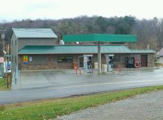 Widnoon Corner Store in Templeton, PA <--- Best pizza, wings, and Philly steaks around!!!