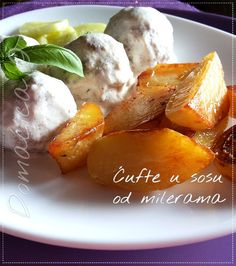 Ćufte u sosu od milerama ... Vrlo ukusno jelo, kao i svako fino začinjeno mleveno meso u kvalitetnom sosu. Kalorije ne brojati, ali i ne jesti često ovakva jela :) #bosiljak #ćufte #junećemeso #kiselapavlaka #mlevenomeso #basil #lunch #mincedmeat #sourcream #beefmeat #meatballs #köfte #Food #ricetta #recipes #homecooking #serbian #homemade #foodphotography #foodbloggers #Goodfood #рецепты #blogger