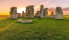 Stonehenge in Salisbury England, Megalithic, 3,000 years old, rock statues, audio tours, ancient mysteries