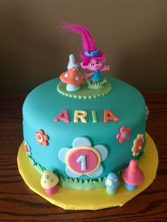 Trolls - Princess Poppy Cake