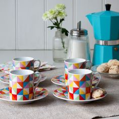 Love this geometric design set of cups and saucers.