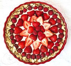 Strawberry Almond Cream Tart Recipe {Virtual Baby Shower} - Jeanette's Healthy Living