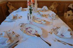 schlichte aber sehr edle Tischdekoration - das Festessen kann beginnen...