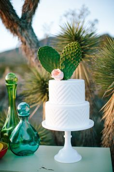 Cactus wedding cake topper | M. Felt Photography | see more on: http://burnettsboards.com/2015/11/mid-century-modern-southwestern-wedding/