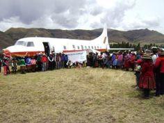 Avión convertido en biblioteca. Perú.