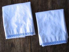 Vintage 1960s Pillowcases Periwinkle Blue Lace Rick Rack Standard 2014256