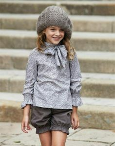 Loving the sleeves, could use the Heidi and Finn girlie blouse patter, change the sleeves and lengthen tie around neck.