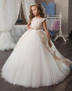 f9a9ff6cee2 Aliexpress.com   Buy Bealegantom Fashion Lace Ball Gown Flower Girl Dresses  2017 with Appliques Tulle Girls Pageant Gown First Communion Dresses FD21  from ...