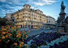 #Schweizerhof_Hotel_Zurich #Switzerland http://directrooms.com/switzerland/hotels/schweizerhof-hotel-zurich-2878.htm
