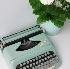 Consul retro mint working portable typewriter with original case by Cottoni on Etsy