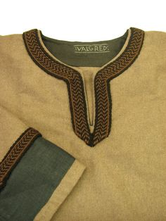 Wool viking tunic No. 11