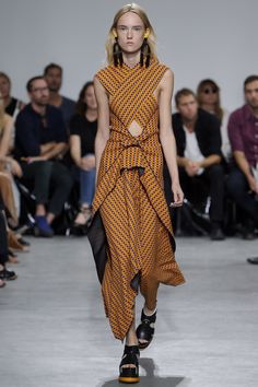View the complete Proenza Schouler Spring 2017 Ready-to-Wear Collection from New York Fashion Week.