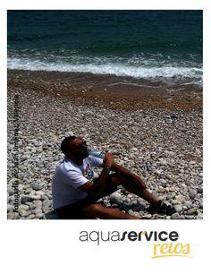 Juan participa en los #retosaquaservice con esta imagen junto al mar y con su mini Aquaservice. Y tú, ¿ya has concursado? http://retos.aquaservice.com/