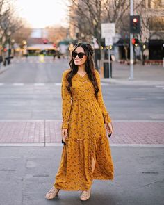 Trend Fashion Winter Maxi Dress Celebrity Fashion Outfit Trends And Beauty Tips Modest Dresses, Modest Outfits, Simple Dresses, Modest Fashion, Hijab Fashion, Dress Outfits, Casual Dresses, Fashion Dresses, Maxi Dresses