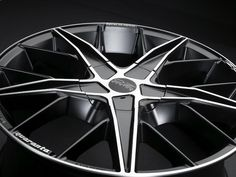 "Quaranta 18"" Matte Black + Diamond Cut Rims"