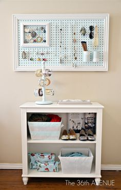 DIY Peg Board and Accessories Station; this will be perfect for my dorm room