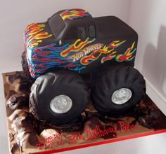 New Monster Truck Birthday Party Ideas Food Hot Wheels 42 Ideas Hot Wheels Cake, Hot Wheels Party, Monster Truck Party, Monster Trucks, Monster Jam, Monster Truck Cakes, Monster Truck Birthday Cake, Festa Hot Wheels, Hot Wheels Birthday