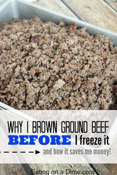 How to freeze ground beef. My personal freezer tip on How to Freeze Ground beef so it saves you a ton of money and a ton of time in the kitchen. And why you should BROWN ground beef BEFORE you freeze it! Make Ahead Freezer Meals, Crock Pot Freezer, Freezer Cooking, Cooking Tips, Cooking Games, Cooking Quotes, Freezer Recipes, Budget Recipes, Freezer Hacks