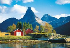 Stetind Berg i Tysfjords kommun, Norge - http://nordlandturselskap.no/opplevelser/guidet-tur-til-stetind/