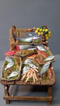 Accessori (shopping) - Presepe Napoletano Miniature Crafts, Miniature Food, Christmas Nativity Scene, Nativity Scenes, Fontanini Nativity, Mini Doll House, Modelos 3d, Ceramic Houses, Paper Clay