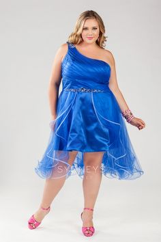 Party Time From The Plus Size Fashion Community At www.VintageAndCurvy.com