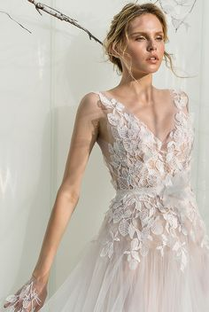 643b8f974 53 Best Chic Dresses  Mira Zwillinger images