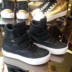 Hardcore Footwear  Exclusivo por whtas  11.9.3013.8919  www.hardcorefootwear.com.br  #ss16 #summer #hardcorefootwear #sneaker #sneakerhead #hardcoreteam #teamhardcorefootwear #hardcoreladies #sportchic #activewear #sneakeroftheday  55.11.9.3013.8919