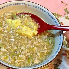 あんかけにすると少々スが入ってもへっちゃら! 中華スープと合わせた卵液を漉すことさえ忘れなければ、なめらかな茶碗蒸しができます。 - 12件のもぐもぐ - 鶏ひき肉あんかけレンジ茶碗蒸し by ykoko