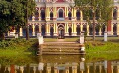 This is the Murapara Zamindar Palace - I can't get over these amazing palaces.  If you are similarly intrigued, follow this link to an archive of pictures and travel information for many of them in Bangladesh. Travel Information, World History, Get Over It, Mansions, Palaces, House Styles, Amazing, Archive, Asian