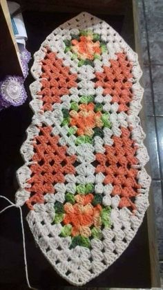 ideas for crochet edging for beginners blanket patterns Crochet Amigurumi Free Patterns, Crochet Mittens, Afghan Crochet Patterns, Crochet Yarn, Crochet Shawl, Blanket Patterns, Crochet Home, Crochet Granny, Crochet Doilies
