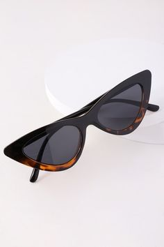 201daa10c4a BLISS BLACK AND TORTOISE CAT-EYE SUNGLASSES