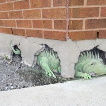 corner dragon: Street Art by David Zinn 3d Street Art, Street Art Graffiti, Street Artists, Graffiti Artists, David Zinn, Chalk Drawings, Art Drawings, Abstract Sculpture, Sculpture Art