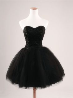 Exquisite Sequins Black Ball Gown Sweetheart Neckline Mini Homecoming Dress