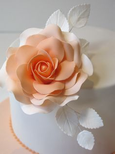 Edible Art. Sugar rose, via Flickr.