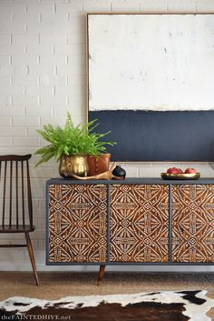 Upcycled furniture is not like utilizing the old decoration in rustic design, despite the similarity, it lets you express yourself to make a new stuff. Diy Furniture Projects, Paint Furniture, Home Furniture, Furniture Design, Cheap Furniture, Furniture Stores, Modern Furniture, Outdoor Furniture, Rustic Furniture