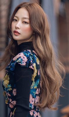 Korean Hairstyle Long, Korean Long Hair, Korean Hairstyles Women, Modern Hairstyles, Cute Hairstyles, Japanese Hairstyles, Asian Hairstyles, Japanese Outfits, Korean Outfits