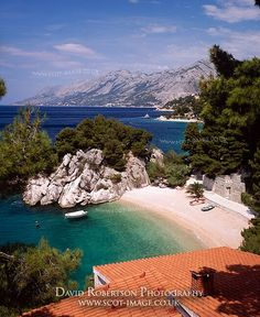 Beach and coastline at Brela, Makarska Riviera, Dalmatia, Croatia.