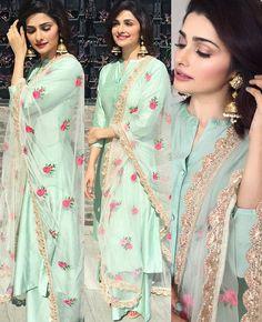 _Celebrity style_😜 *PRACHI DESAI* 🌹Shirt *modal silk* semi stitched fit up. Designer Kurtis, Indian Designer Suits, Designer Dresses, Lehenga Choli, Red Lehenga, Indian Anarkali, Bridal Lehenga, Pakistani Dresses, Indian Dresses