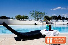 Férias a pouca distância de Lisboa mas no meio da natureza deslumbrante. No Arrábida Resort & Golf Academy, um resort de quatro estrelas perfeito para umas férias descontraídas, alojamento em apartamento T0 com pequeno-almoço para 2 pessoas, desde 275€. - Descontos Lifecooler