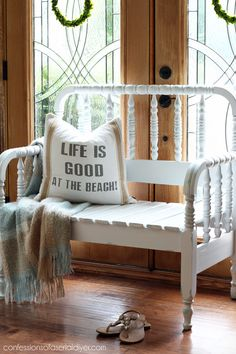 Wooden DIY Twin Headboard Bench Designs For Outdoor Bed Frame Bench, Headboard Benches, Diy Bench, Twin Headboard, Furniture Projects, Furniture Makeover, Diy Furniture, Furniture Refinishing, Concrete Furniture