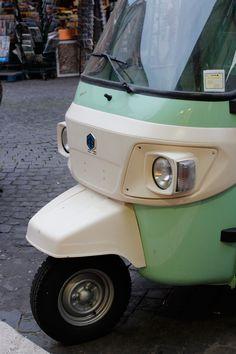 Piaggio Ape Scooter   Love & Adventure