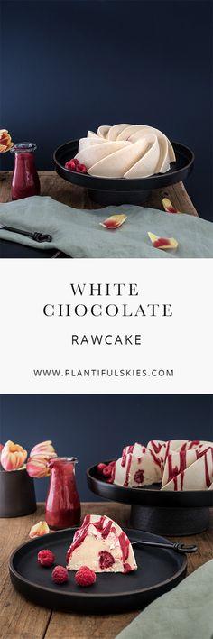 Dieser White Chocolate Rawcake ist der perfekte Kuchen für Ostern, Muttertag oder einen Geburtstag. Fein Cremig mit Aromen von weisser Schokolade und fruchtigen Himbeeren ist der roh vegane no bake Kuchen super leicht zu machen .