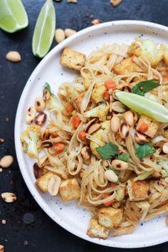 Super łatwy, szybki i smaczny przepis >> vito gryzie Veg Recipes, Asian Recipes, Vegetarian Recipes, Healthy Recipes, Vegan Dishes, Tasty Dishes, Vegan Food, Healthy Cooking, Tofu
