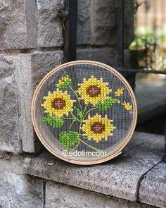 Cross Stitch Kitchen, Cross Stitch Bird, Modern Cross Stitch, Cross Stitch Flowers, Cross Stitch Designs, Cross Stitching, Cross Stitch Embroidery, Cross Stitch Patterns, Embroidery Designs