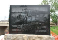 """The First Wagon Bridge"" stone monument in Tulsa Oklahoma  http://route66jp.info Route 66 blog ; http://2441.blog54.fc2.com https://www.facebook.com/groups/529713950495809/"