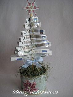 Christmas money trees for Christmas Christmas Gift Wrapping, Christmas Presents, Christmas Time, Christmas Crafts, Christmas Decorations, Christmas Ideas, Homemade Gifts, Diy Gifts, Don D'argent